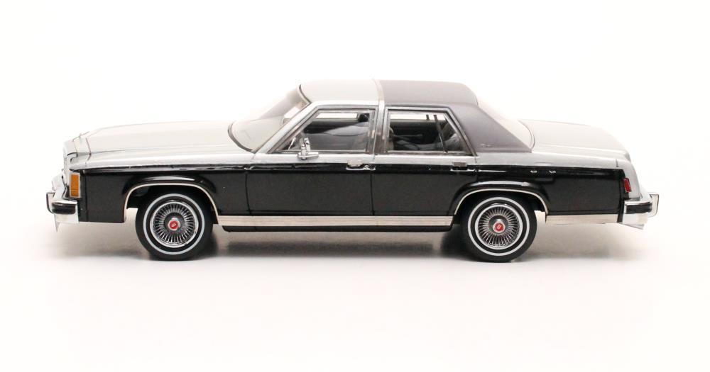 model cars : 1986 Ford Crown Victoria