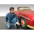 american-diorama-ad23789-mechanic-jerry-1-18