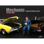 american-diorama-ad77450-mechanic-johnny-drinking-coffee-1-18